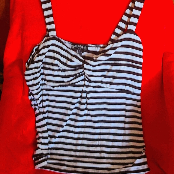 Forever 21 Tops - Womans blouse